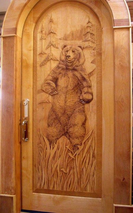 резные двери из дерева входные